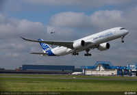 A350_XWB_First_Flight_take_off_airbus