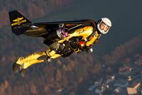 Jetman_Rossy_1