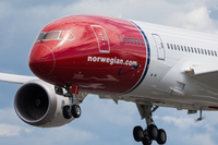 Norwegian_Dreamliner_1