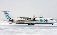 Flybe Finlandin ATR-potkuriturbiinikone.