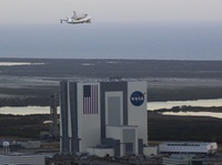 Discovery_depart_NASA