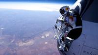stratos1_redbull