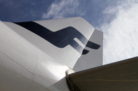 Finnair_tail_up