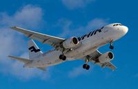 Finnair_A320_approach_1
