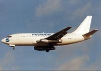 800px-Finnair_Cargo_Boeing_737-200_Maiwald