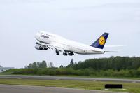 LH_Boeing747_8I_75s
