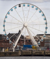 FinnairSkyWheel_Wikimedia_HarriAhola
