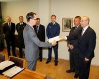 haglun_mietinto_puolustusministerio