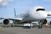 A350_HEL_parked_2