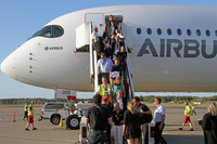 A350_HEL_Fin_greet_1