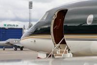 Falcon_7X_hangar