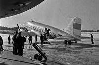 Aero-Oyn-Douglas-DC-3-OH-LCD-Malmin-lentoasemalla-maaliskuussa-1948
