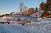 Turkuun_tuleva_MiG15UTI_Neuvostoliiton_vareissa_Aarkvisla