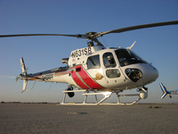 Eurocopter_AS350_wikimedia_Alan_Radecki_Akradecki