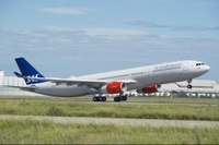 A330-300_242t_SAS_First_delivery