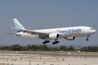 Boeing_777-212(ER)_EuroAtlantic_Airways_wikimedia_PedroAragão