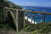 Bixby_Creek_Bridge_wikimedia_ian_mcwilliams