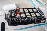 Siemens_etra_330LE_moottoritila