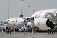 DAS_Emirates_777_A380