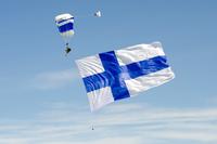 Suomen_lippu_EFLP_080518