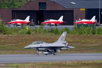 F-16B_711