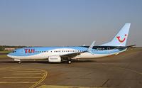 TUI_737800