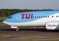 TUI_737800_nose