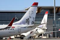 Norwegian_737_tails_1