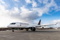 A220-AirCanada-Taxiing