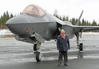 F35_pence
