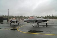 F35_pari_Pirkkalassa_1