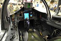 HW-373_cockpit_171111a