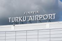 Turku_airport_kyltti